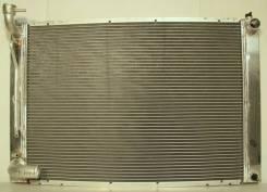 Радиатор охлаждения двигателя. Lexus RX330