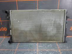 Радиатор охлаждения двигателя. Volkswagen Caddy, SAA, 2CA, 2CH, SAH, SAJ, SAB, 2CB, 2CJ Volkswagen Golf, 5K1, AJ5, 521 Двигатели: CAYE, CUUD, CLCA, CU...