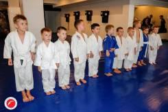 Приходи заниматься в секцию борьбы самбо и дзюдо (самооборона без о