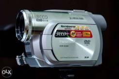 Panasonic VDR-D300. Менее 4-х Мп, без объектива