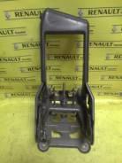 Ручка ручника. Renault Megane Двигатели: K4M, M9R, F4R, K4J, K9K, F9Q