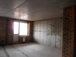 2-комнатная, улица Черняховского 9. 64, 71 микрорайоны, агентство, 65кв.м.