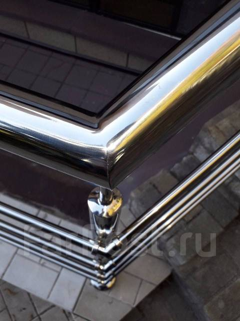 Леерные ограждения лестниц, изделия из нержавеющей стали.