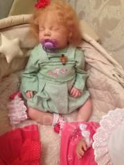 Игрушки и куклы ручной работы.