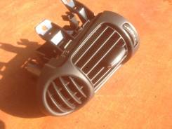 Решетка вентиляционная. Mercedes-Benz C-Class, W203 Двигатели: M, 271, E, 18, ML, ML1, LR, 1