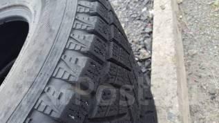 Bridgestone Blizzak. Зимние, без шипов, износ: 50%, 2 шт