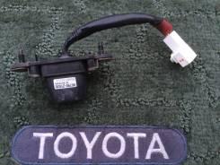 Камера заднего вида. Toyota Caldina, ZZT241, AZT246, AZT241, AZT246W, ZZT241W, AZT241W, ST246W, ST246 Toyota Wish Двигатели: 1ZZFE, 1AZFSE, 3SGTE