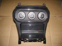 Консоль центральная. Mitsubishi Lancer Mitsubishi Galant Двигатель 4B11