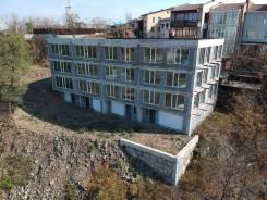 3х этажный дом на проспекте красоты с прекрасным видом. Улица Жариковская 22, р-н Толстого (Буссе), площадь дома 1 600кв.м., централизованный водопр...