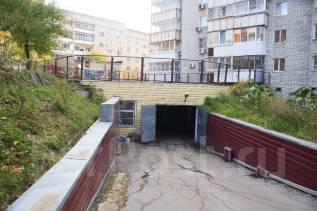 Подземный гараж , ул. Дикопольцева , 10. улица Дикопольцева 10, р-н Центральный, 17 кв.м., электричество