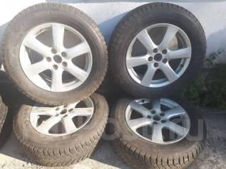 Продам комплект оригинальных колес 225/65R17 от Rav 4 с зимней резиной. 7.0x17 ET45