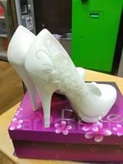 Отдам туфли свадебные р 37