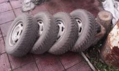 Продам комплект зимних колес Goodyer. 4x98.00