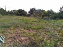 Код объекта 10671. Продаётся дачный участок в селе Михайловка!. 700 кв.м., электричество, вода, от агентства недвижимости (посредник)