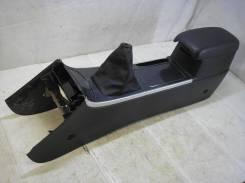 Консоль центральная с подлокотником Mazda 6 (GG) Mazda 2.0 LF-VE