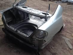 Задняя часть автомобиля Toyota Camry