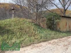Жилой дом с земельным участком в АртемГрессе. Волхова 14, р-н АртемГресс, площадь дома 32 кв.м., водопровод, скважина, электричество 15 кВт, отоплени...