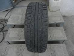 Kumho I'Zen KW22. Зимние, шипованные, 2012 год, износ: 30%, 1 шт