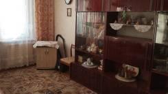 1-комнатная, улица Адмирала Кузнецова 82. 64, 71 микрорайоны, частное лицо, 33 кв.м. Комната