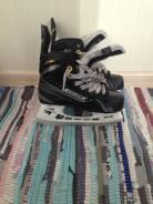 Коньки. размер: 32, хоккейные коньки