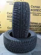 Kumho I'Zen KW22. Зимние, шипованные, 2016 год, износ: 5%, 2 шт