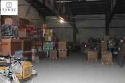 Сдаётся тёплый склад на Деревенской. 900кв.м., улица Снеговая 4, р-н Снеговая. Интерьер