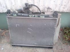 Радиатор охлаждения двигателя. Toyota bB, NCP31 Двигатель 1NZFE