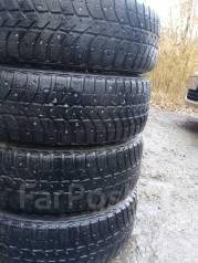 Bridgestone. Зимние, шипованные, износ: 50%, 4 шт