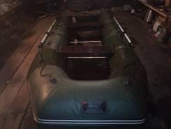 Лодка пвх с мотором вихрь. Год: 2014 год, длина 3,30м., двигатель подвесной, 20,00л.с., бензин