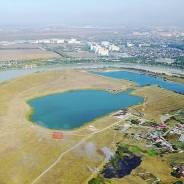Продам землю на берегу озера. собственность, электричество, вода, от частного лица (собственник)