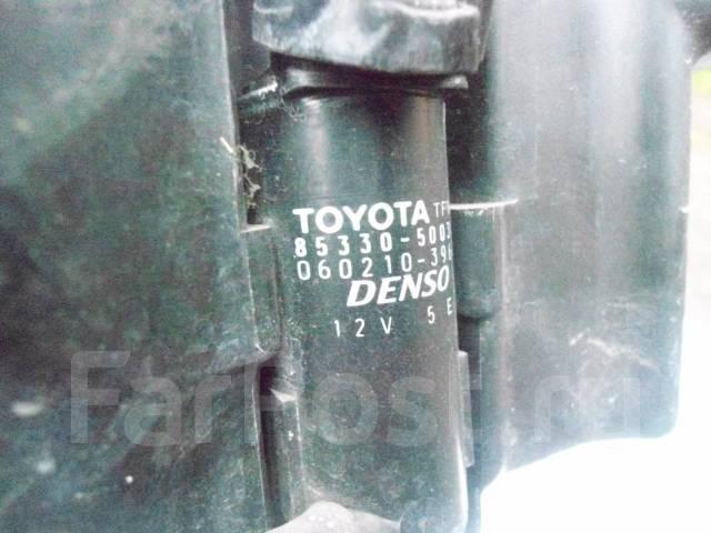 Бачок омывателя в сборе Toyota Alteza SXE10. Toyota Altezza, GXE10, GXE10W, GXE15, GXE15W, JCE10, JCE10W, JCE15, JCE15W, SXE10 Двигатели: 1GFE, 2JZGE...