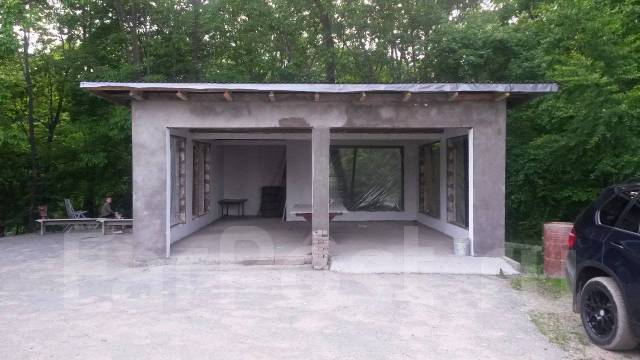 Большой Земельный Участкок 1гектар с 3-мя Домами в п. Новом. 10 000кв.м., собственность, электричество, вода