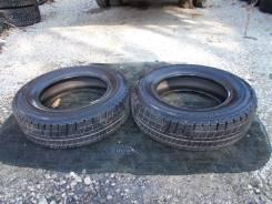 Bridgestone Blizzak Revo GZ. Зимние, 2013 год, износ: 10%, 2 шт