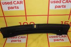 Toyota Auris II - Накладка панели багажника hatchback - 64716-02130C0