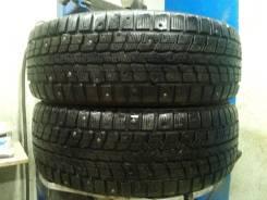Dunlop SP Winter ICE 01. Зимние, шипованные, износ: 30%, 2 шт
