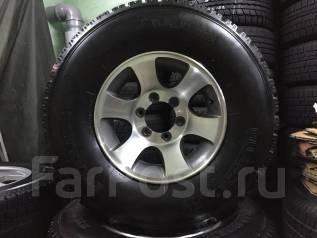 Комплект шин на литье Yokohama 265 70 R15. 6x120. Зимние. x15 6x120.00 ЦО 120,9мм.