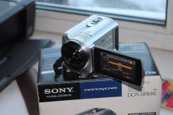 Sony DCR-SR68E. 10 - 14.9 Мп, с объективом