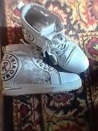 Отдам обувь размер 38