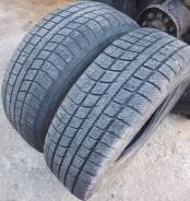 Toyo Winter Tranpath MK3. Зимние, без шипов, износ: 40%, 2 шт