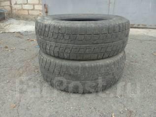 Bridgestone. Зимние, без шипов, 2014 год, износ: 40%, 2 шт