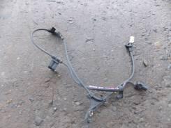 Датчик abs. Toyota Vista, ZZV50