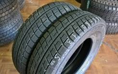 Bridgestone Blizzak Revo2. Всесезонные, 2009 год, износ: 5%, 2 шт