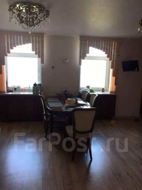 Продается жилой дом с земельным участком. Улица Лукоморье 10, р-н Эгершельд, площадь дома 250 кв.м., скважина, отопление электрическое, от агентства...
