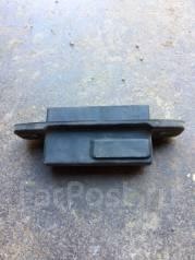 Кнопка открывания багажника. Toyota Prius, ZVW30, ZVW30L