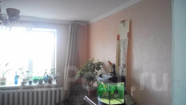 Купить просторный дом в р-не 40 школы. Ульяновская, р-н Приморский, площадь дома 170 кв.м., скважина, электричество 15 кВт, отопление газ, от агентст...