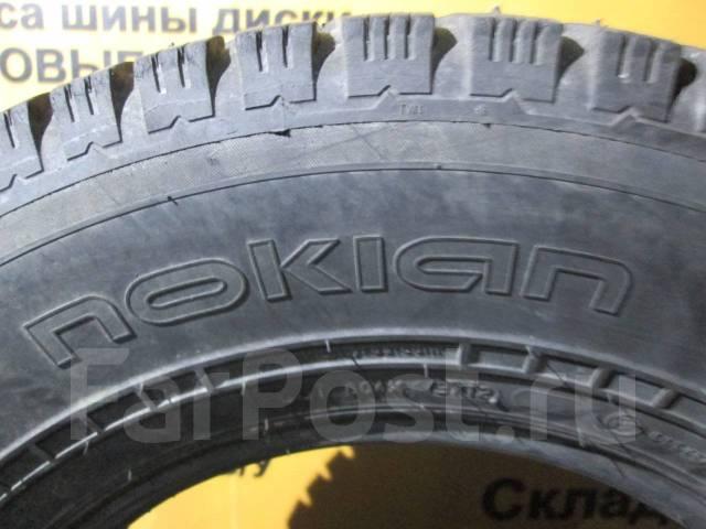 Nokian Hakkapeliitta C Cargo. Зимние, шипованные, 2016 год, износ: 10%, 2 шт