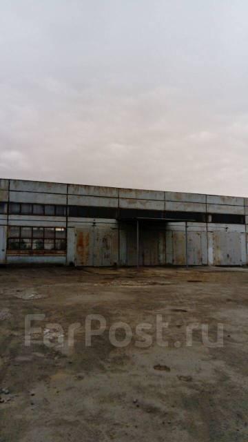 Аренда складских помещений, услуги ответственного хранения. 1 100 кв.м., улица Снеговая 88, р-н Снеговая