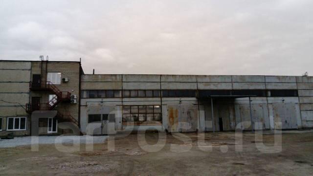 Аренда складских помещений, услуги ответственного хранения. 1 100 кв.м., улица Снеговая 88, р-н Снеговая. Дом снаружи