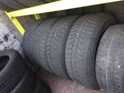 Bridgestone Ice Cruiser 5000. Зимние, шипованные, 2005 год, износ: 50%, 4 шт. Под заказ из Биробиджана