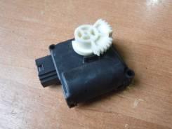 Мотор заслонки отопителя. Audi A6, 4F5/C6, 4F2/C6